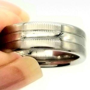 Men's stainless steel ring NWOT